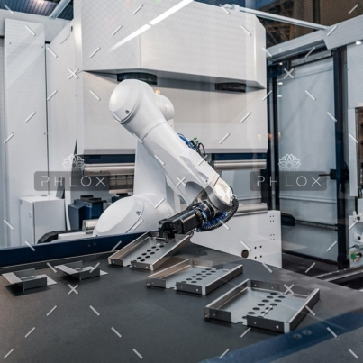 demo-attachment-63-robotic-arm-modern-industrial-technology-DUCYZJ7